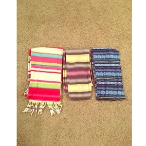 Set of 3 thick scarfs